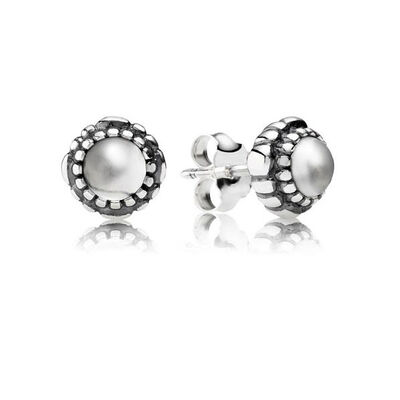 PANDORA Birthday Blooms April Earrings