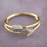 Arrow Diamond Ring 14K