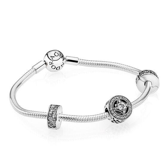 PANDORA Elegance Bracelet & Charm Gift Set