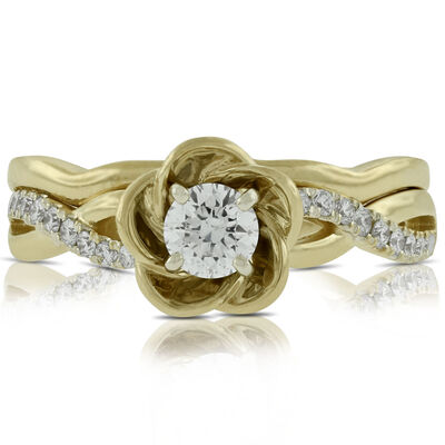 Flower Design Diamond Wedding Set 14K