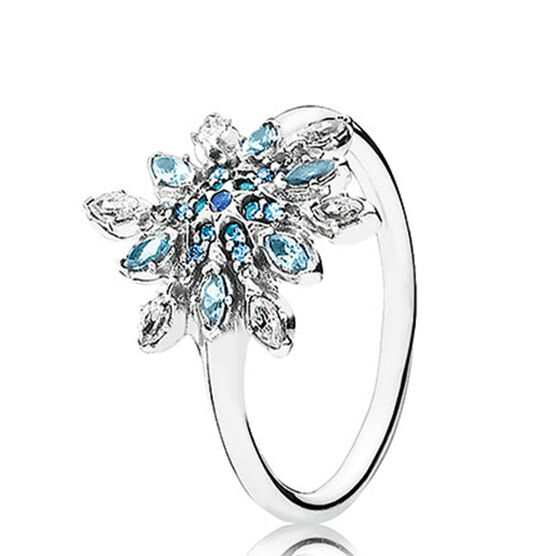 PANDORA Crystalized Snowflake Ring