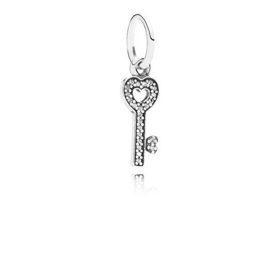 PANDORA Symbol of Trust Charm