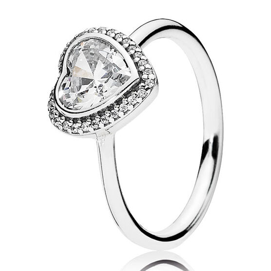 PANDORA SPARKLING LOVE RING