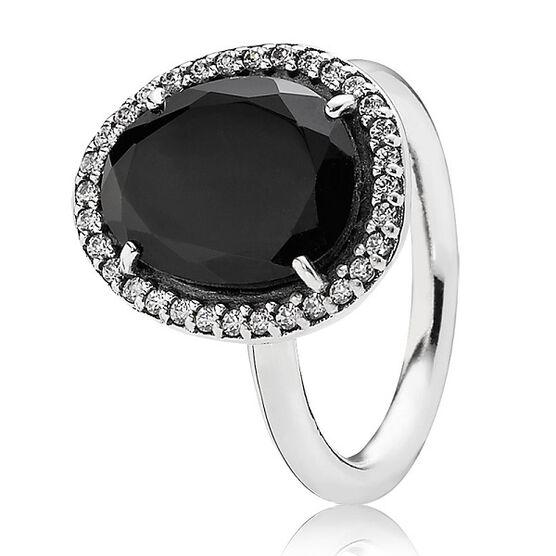 PANDORA Glamorous Legacy Ring