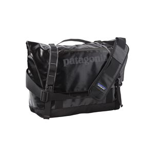 Black Hole® Messenger Bag 24L, Black (BLK)