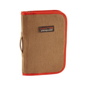 IRON FORGE FIELD JOURNAL, Coriander Brown (COI)
