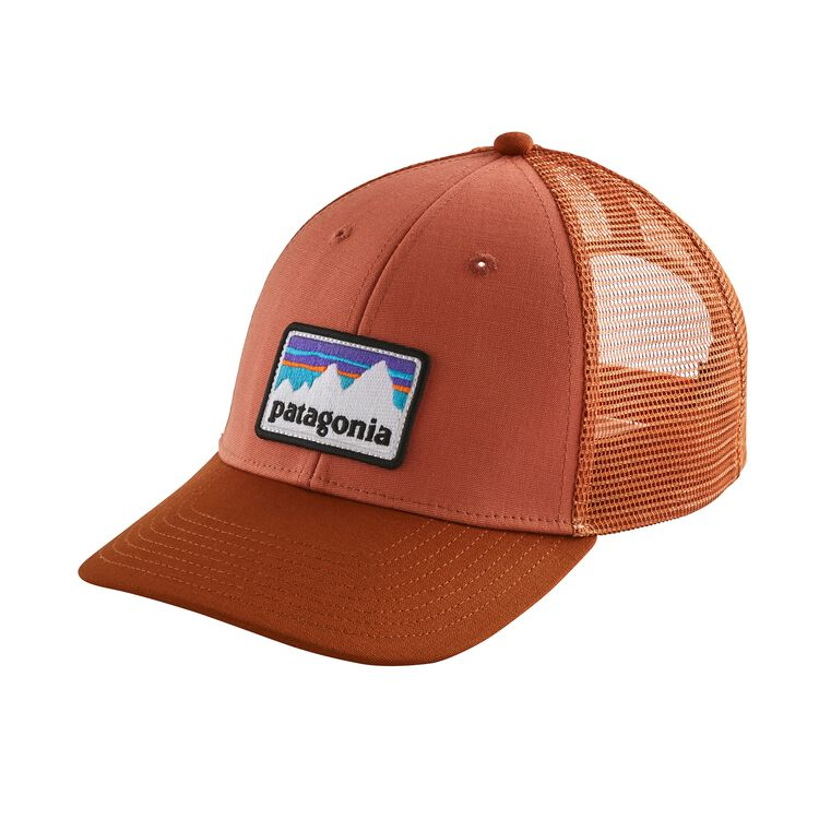 SHOP STICKER PATCH LOPRO TRUCKER HAT, Quartz Coral (QZCO)