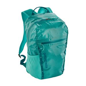 Lightweight Black Hole® Backpack 26L, Strait Blue (STRB)