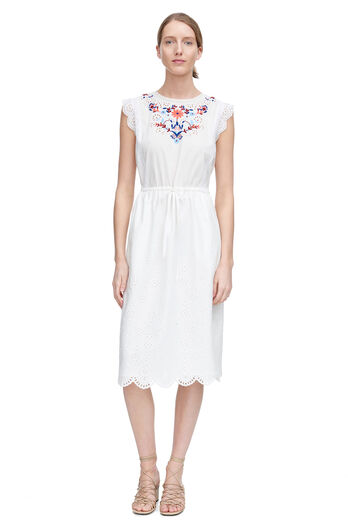 Sleeveless Folk Garden Embroidery Dress