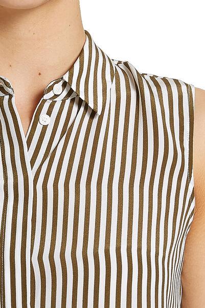 Signature Split Back Shirt
