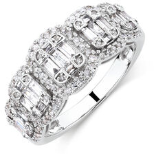 Ring with 0.80 Carat TW of Diamonds in 10ct White Gold