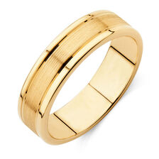 mens wedding band in 10kt yellow gold