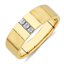 Men's Ring with Diamonds in 10kt Yellow Gold