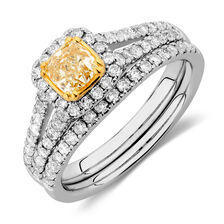 Engagement Ring with 1.18 Carat TW of White & Yellow Diamonds in 14ct White & Yellow Gold
