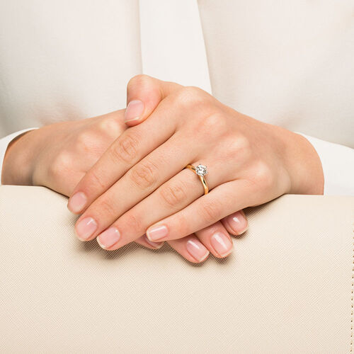 Certified Solitaire Engagement Ring with a 1 Carat TW Diamond in 18ct Yellow & White Gold