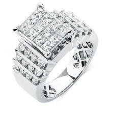 Engagement Ring with 2 Carat TW of Diamonds in 14ct White Gold