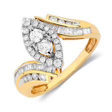 Engagement Ring with 0.65 Carat TW of Diamonds in 14kt Yellow Gold
