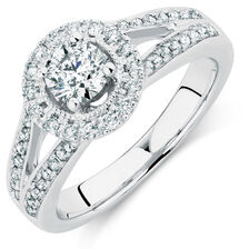 Engagement Ring with 0.88 Carat TW of Diamonds in 14kt White Gold