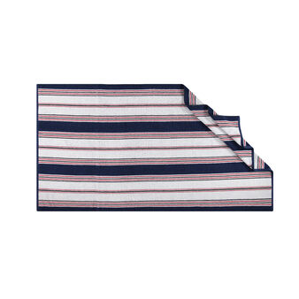 Yarn-dyed beach towel in 100% cotton with stripes