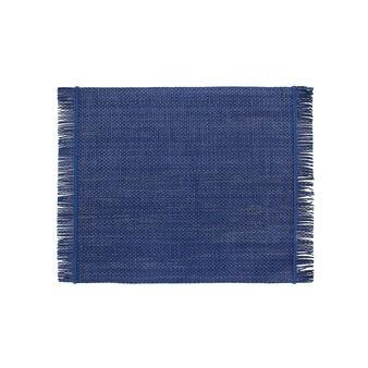 Rectangular table mat with fringe