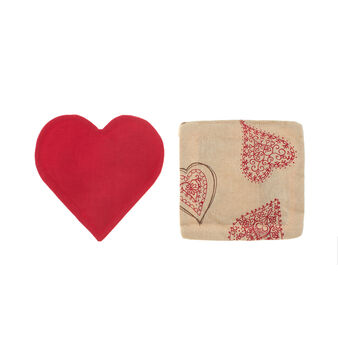 Set of two cinnamon room fragrancers with Fancy Hearts print