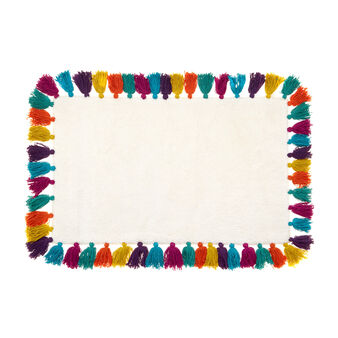 Cotton bath mat with coloured tassels