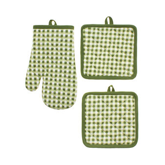 Set of 2 pot holders and oven mitt with check print