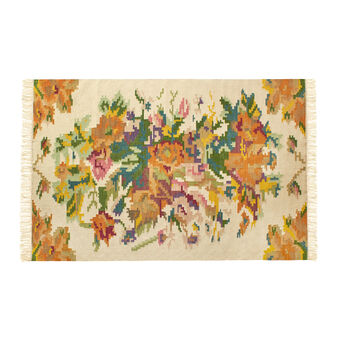 Floral wool rug, made by hand