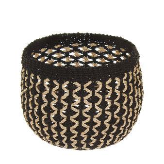 Flared round abaca basket
