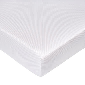 Fitted sheet in cotton satin.