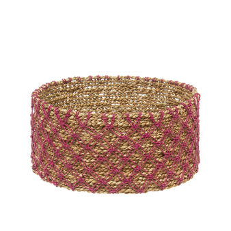 Seagrass handle with mesh decoration