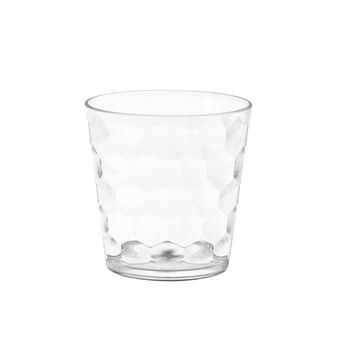 Plastic tumbler with geometric design