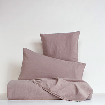 Solid colour bed linen range in washed linen