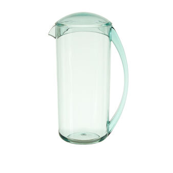 Smooth plastic carafe