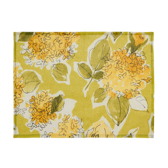 Plastic-coated table mat with floral print