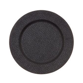Plastic dinner plate.