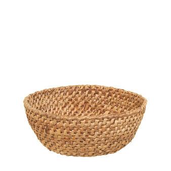 Round abaca basket