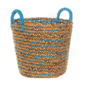 Water hyacinth basket with contrasting colour weaving