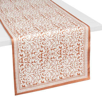 Ribbed table runner with metallic print