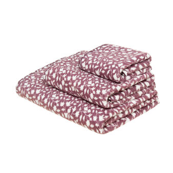 100% cotton towel with leaves print