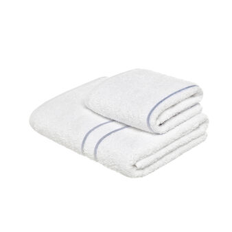 Set of 2 100% cotton towels with string embroidery