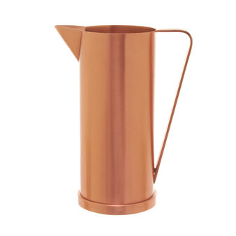 Carafe in brass