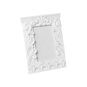 Bas-relief photo holder