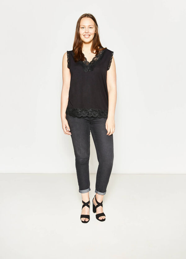 Curvy stretch viscose top with lace | OVS
