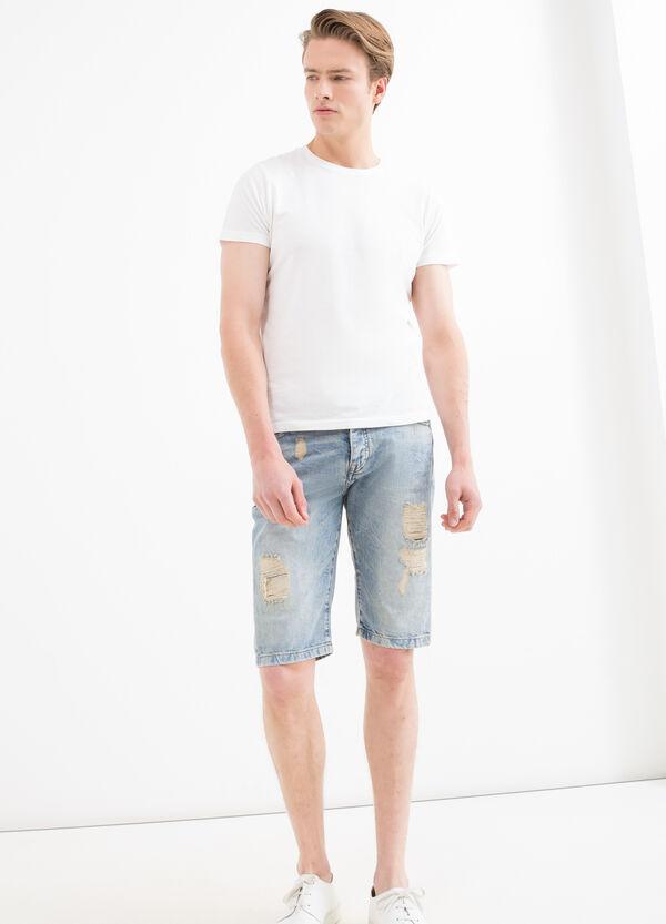 Straight-fit ripped denim Bermuda shorts | OVS