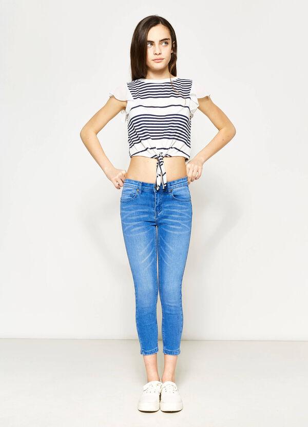 Camiseta corta Teen de rayas en tejido elástico | OVS