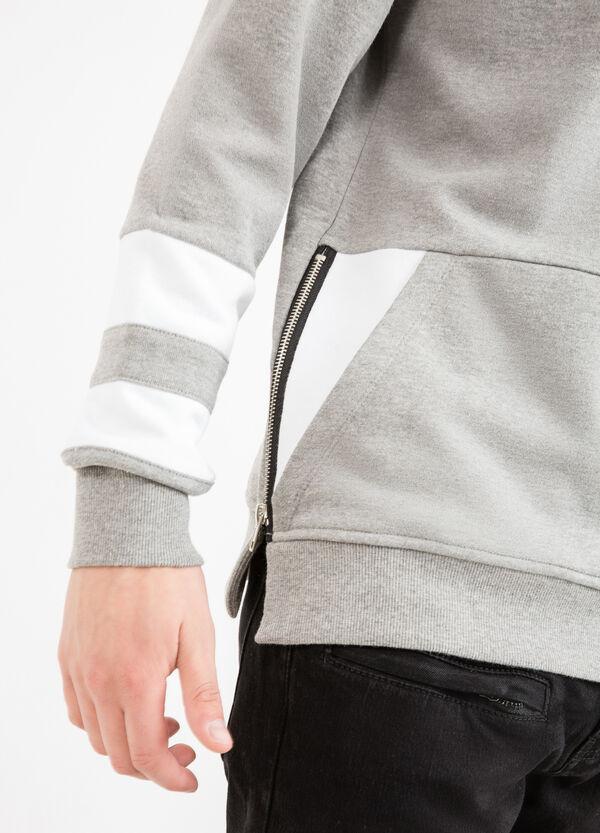 Solid colour round neck sweatshirt in cotton blend. | OVS
