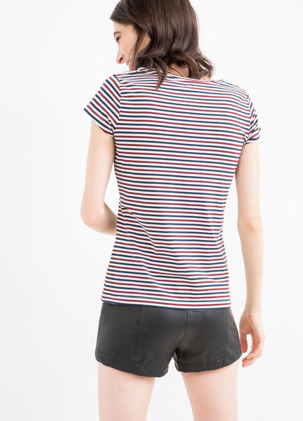 T-shirt stretch fantasia a righe | OVS