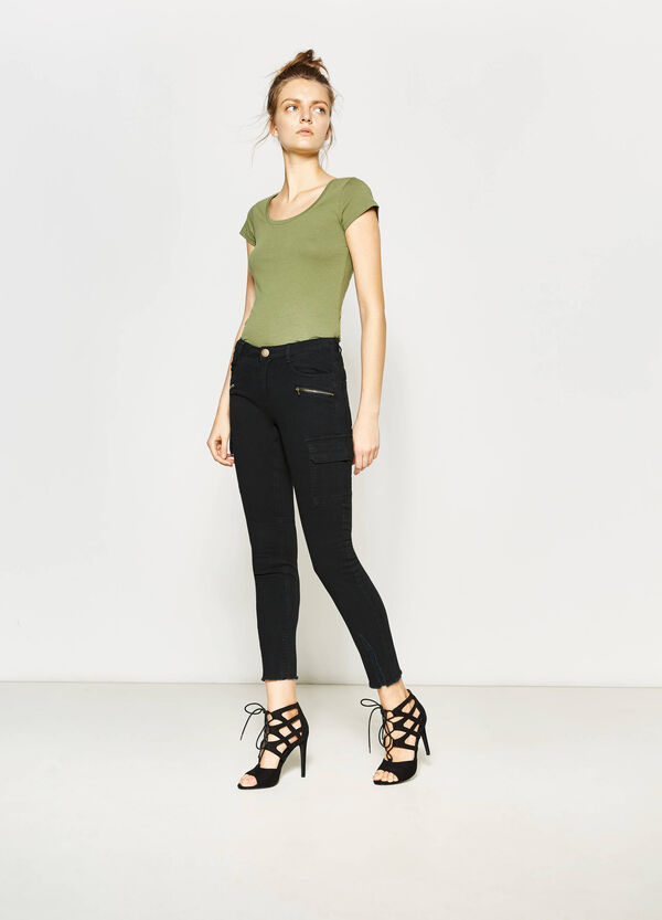 Cargo trousers with fringed hem | OVS