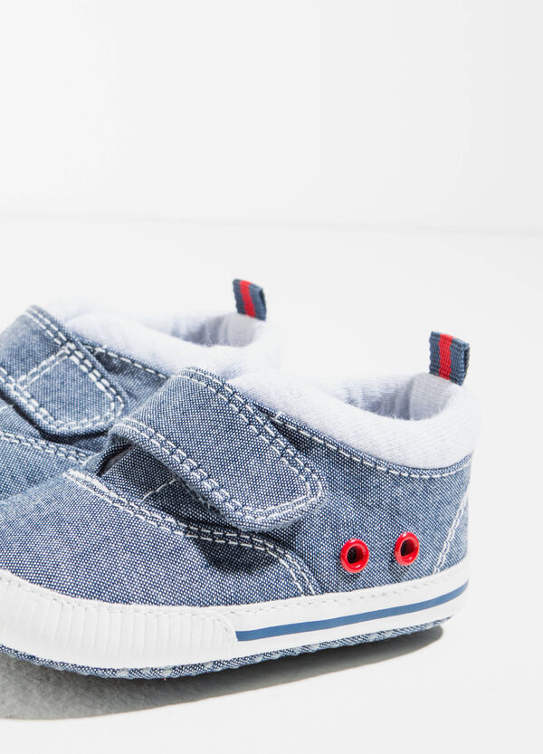 Sneakers with eyelets | OVS
